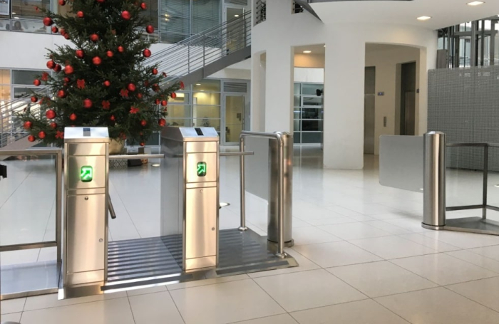 Half Height Turnstiles with Guide Railings
