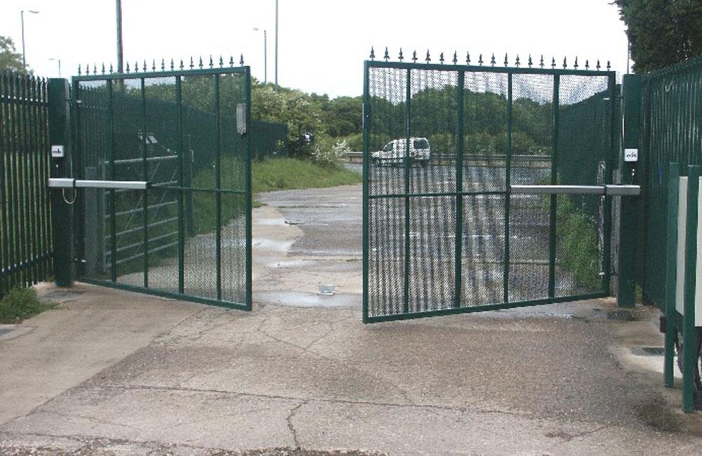 Automatic Commercial Swinging Entrance Gates