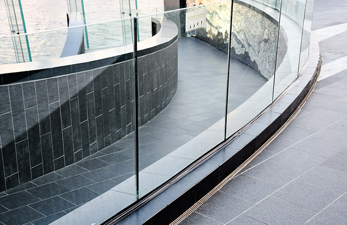 Photo of frameless glass railings