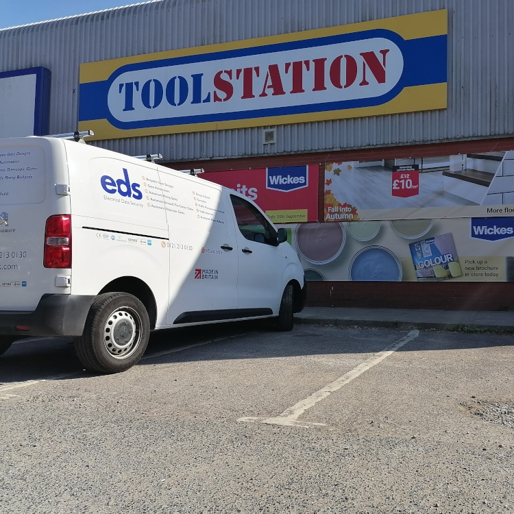 Photo of EDS van parked in front of Toolstation branch