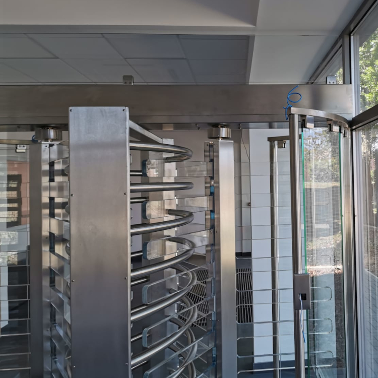 Glass turnstile gates