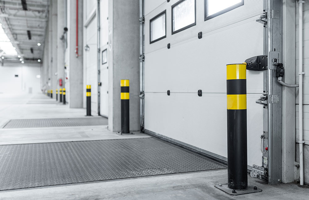 Photo of an automatic loading dock leveler