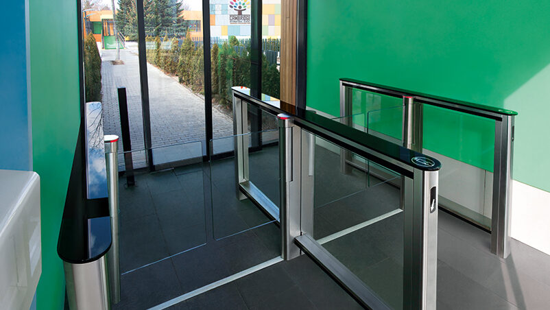 Slimline glass speedgate paddle flap gates with indicator lights