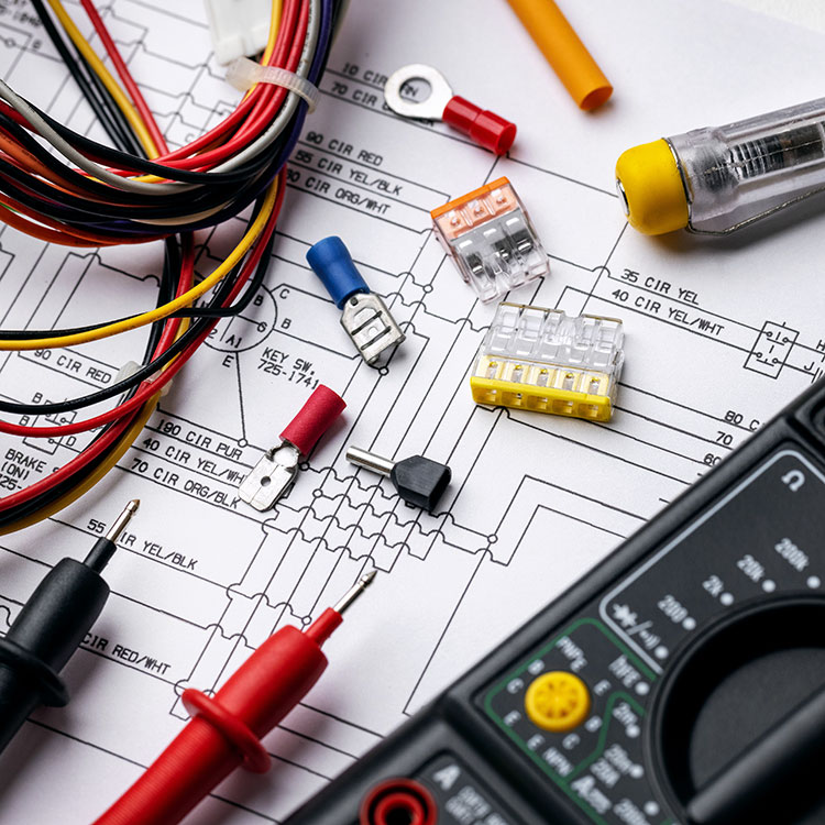 Fuses and connectors on an electrical diagram