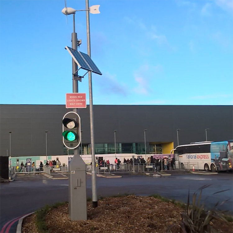 Photo of solar powered traffic light system installed at London Luton Airport