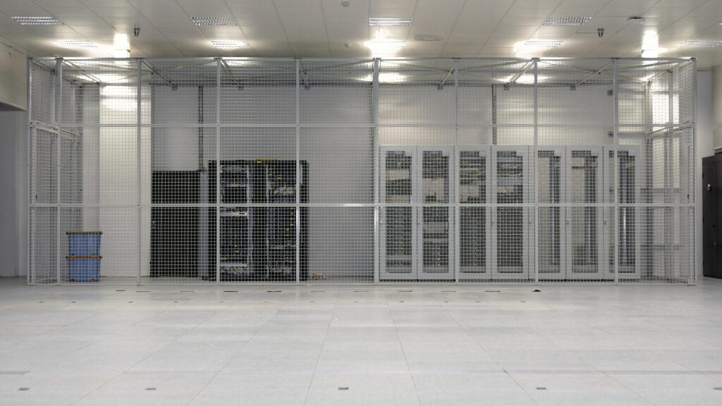 Custom room cage