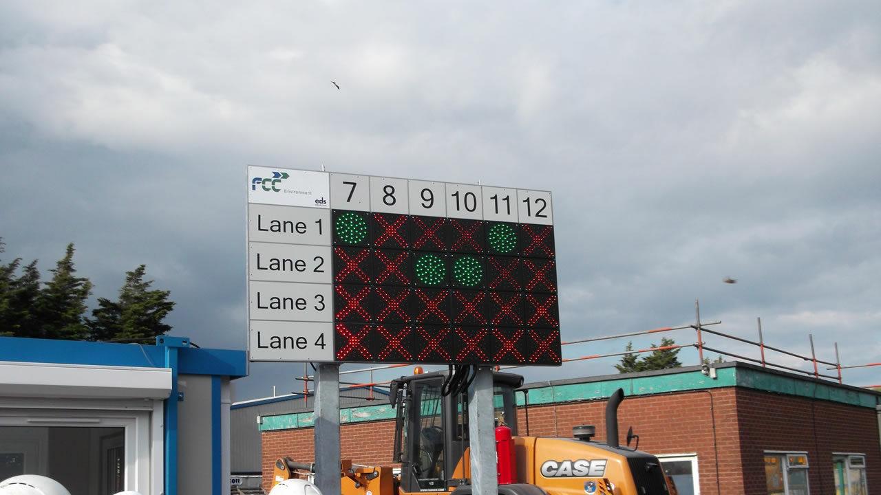 Lane control traffic management system